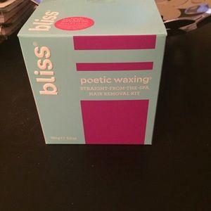Bliss Poetic Waxing Kit